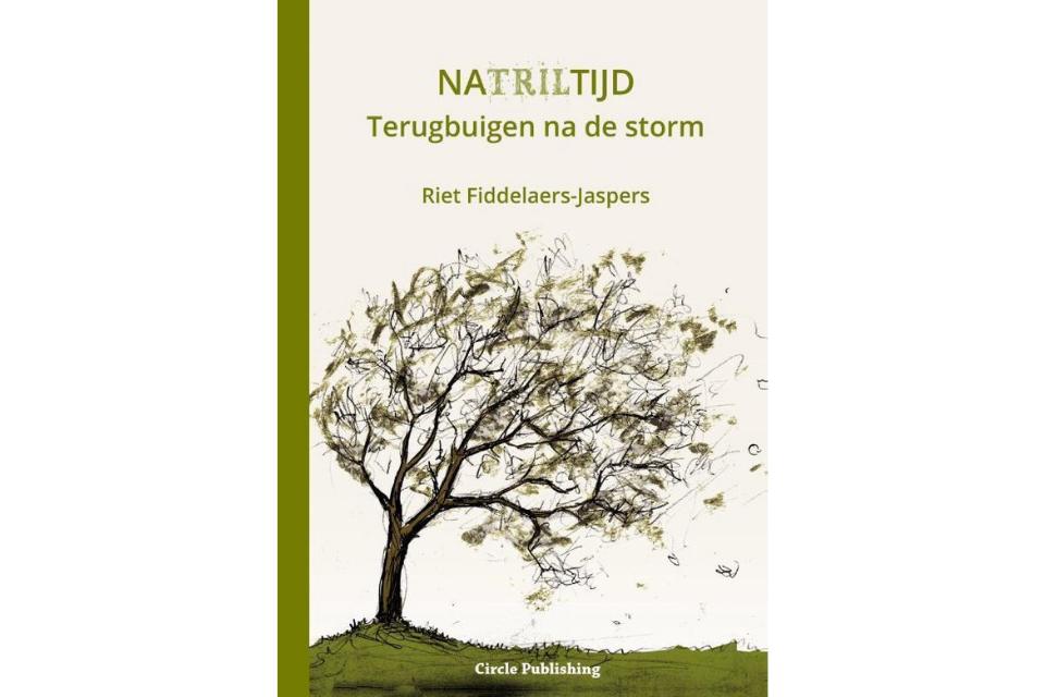 'Natriltijd – Terugbuigen na de storm' van Riet Fiddelaers-Jaspers